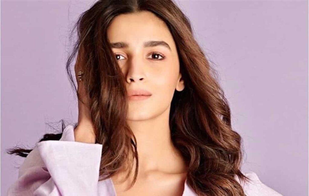 Bollywood actrice Alia Bhatt krijgt hoofdrol in volgende productie van SRK?