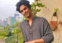 Zoon wijlen Bollywood acteur Irrfan Khan stopt met studie
