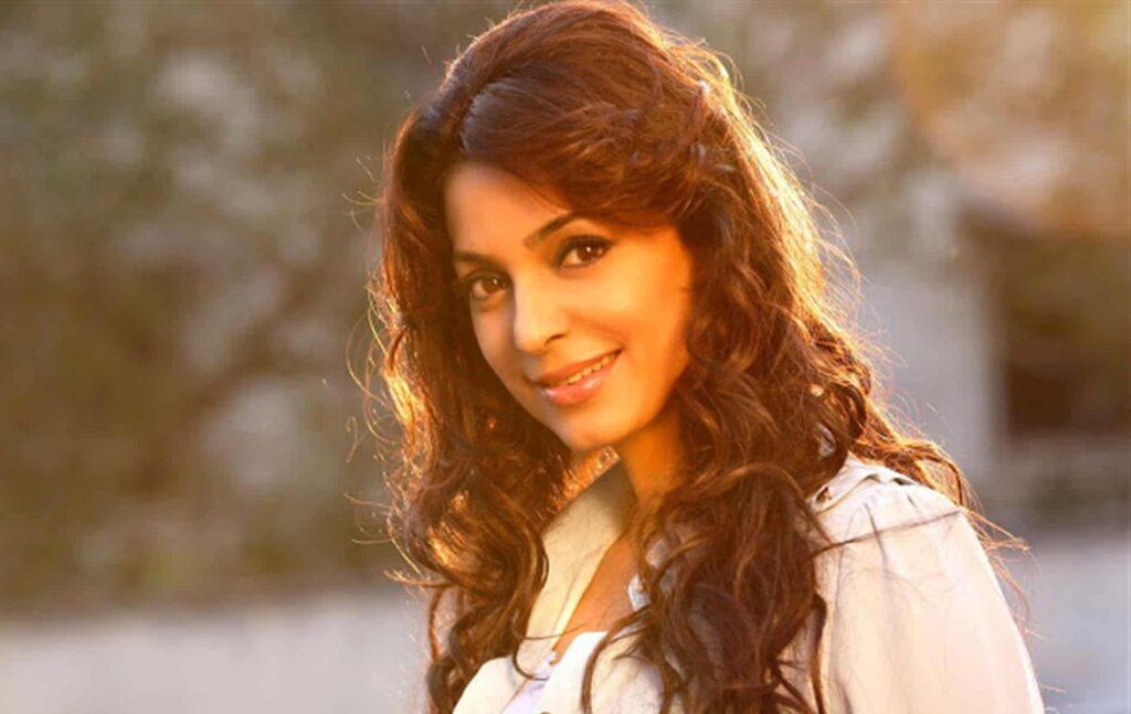 Bollywood actrice Juhi Chawla in Heeramandi?