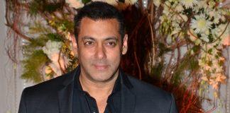 Bollywood acteur Salman Khan wil Sooraj Pancholi herintroduceren