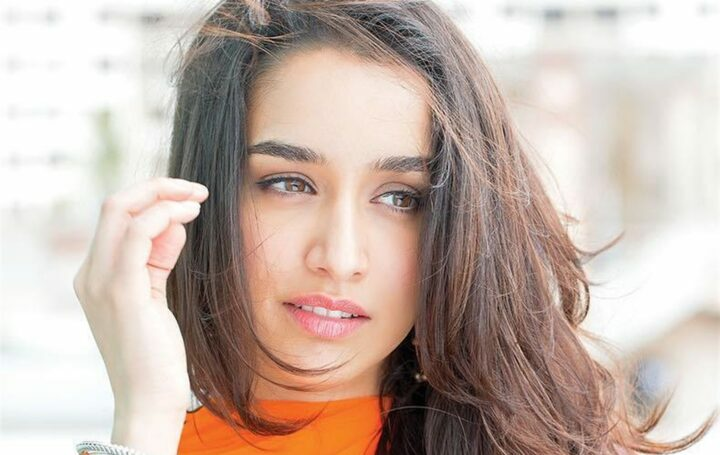 Bollywood actrice Shraddha Kapoor tekent voor Baaghi 3