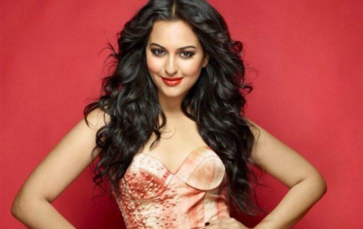 Sonakshi Sinha in remake iconisch lied van Helen