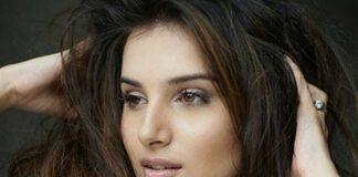 Bollywood debutante Tara Sutaria tekent derde film