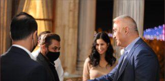 Salman Khan en Katrina Kaif ontmoeten Turkse minister Mehmet Nuri Ersoy