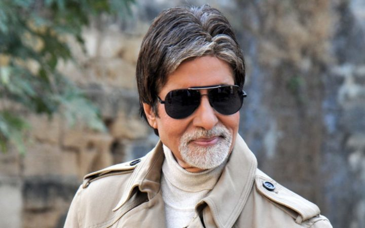 Amitabh Bachchan tekent voor Aankhen 2