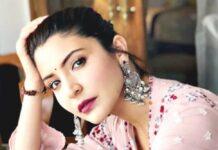 Bollywood actrice Anushka Sharma verlengd ouderschapsverlof met een jaar