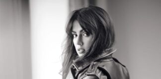 Biopic over het leven van Bollywood actrice Rhea Chakraborty in de maak?