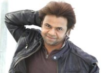 Bollywood komiek Rajpal Yadav veroordeelt tot drie maanden gevangenisstraf