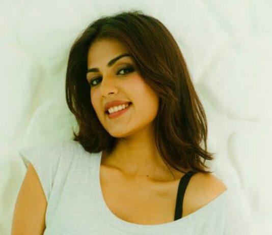 Bollywood actrice Rhea Chakraborty benaderd voor de rol van Draupadi