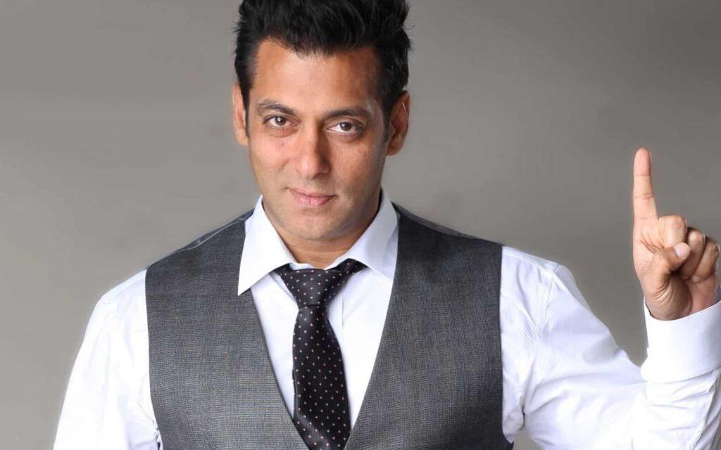 Bollywood acteur Salman Khan tekent twee films?