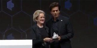 Award voor Shah Rukh Khan tijdens World Economic Forum